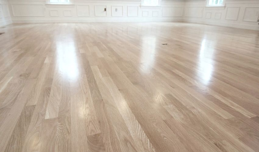 Water-based polyurethane finished Hardwood Flooring